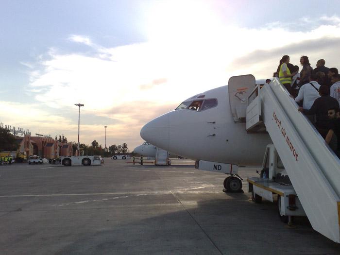 Zdjęcie samolotu tanich linii lotniczych na lotnisku w Marrakeszu